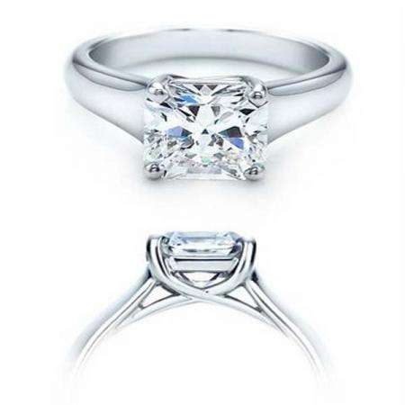 IGI Certified 0.91 Carat (ctw) 14K White Gold Brilliant Princess Diamond Ladies Engagement Solitaire Ring