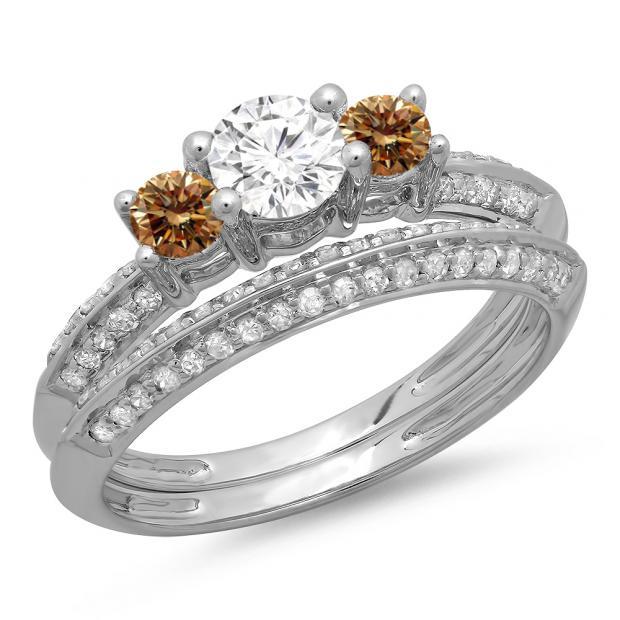 1.05 Carat (ctw) 10K White Gold Round Cut Champagne & White Diamond Ladies 3 Stone Bridal Engagement Ring With Matching Band Set 1 CT