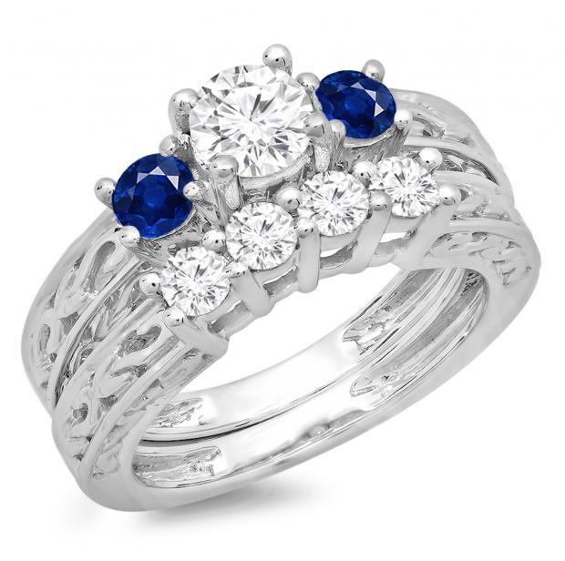 1.50 Carat (ctw) 18K White Gold Round Cut Blue Sapphire & White Diamond Ladies Vintage 3 Stone Bridal Engagement Ring With Matching 4 Stone Wedding Band Set 1 1/2 CT