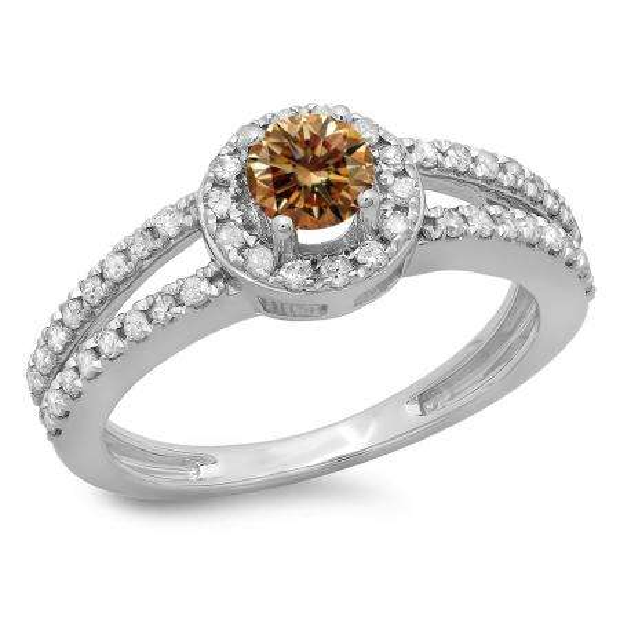 0.90 Carat (ctw) 18K White Gold Round Cut Champagne & White Diamond Ladies Bridal Split Shank Halo Style Engagement Ring