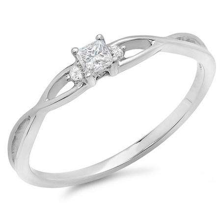 0.15 Carat (ctw) 10k White Gold Princess & Round Diamond Ladies Crossover Swirl Bridal 3 Stone Promise Engagement Ring