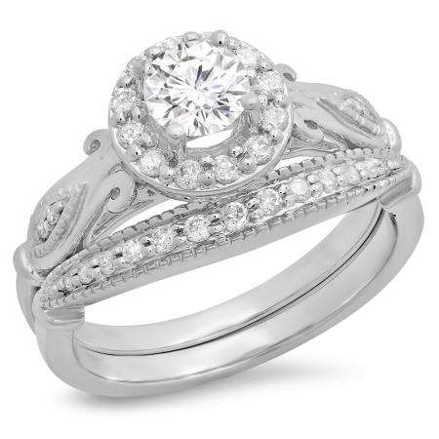 0.90 Carat (ctw) 18K White Gold Round Cut White Diamond Ladies Bridal Halo Vintage Style Engagement Ring With Matching Band Set