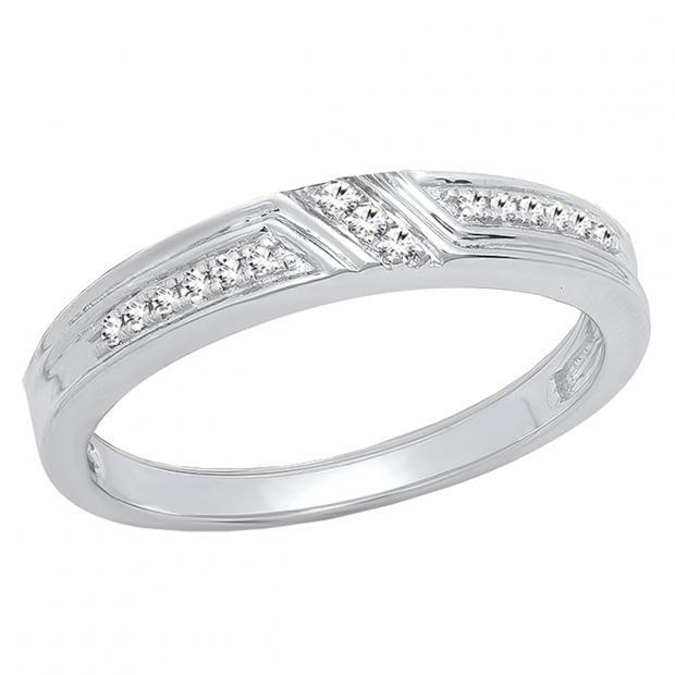 0.10 Carat (ctw) Sterling Silver Round White Diamond Men