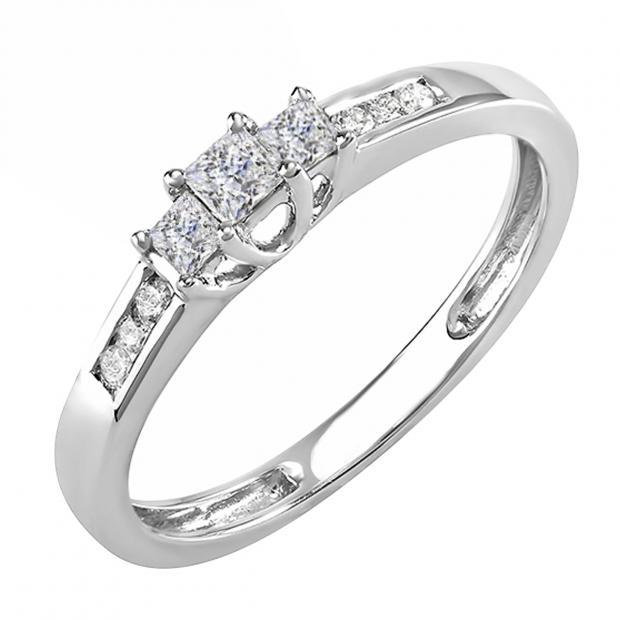 IGI CERTIFIED 0.33 Carat (ctw) 14K White Gold Round & Princess Diamond Ladies 3 Stone Engagement Bridal Ring 1/3 CT