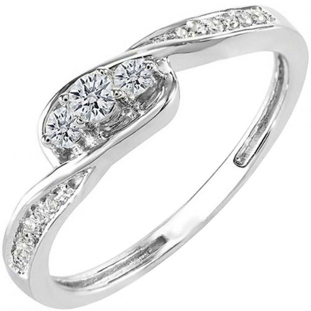0.25 Carat (ctw) 10k White Gold Round Diamond Ladies 3 Stone Engagement Promise Ring 1/4 CT