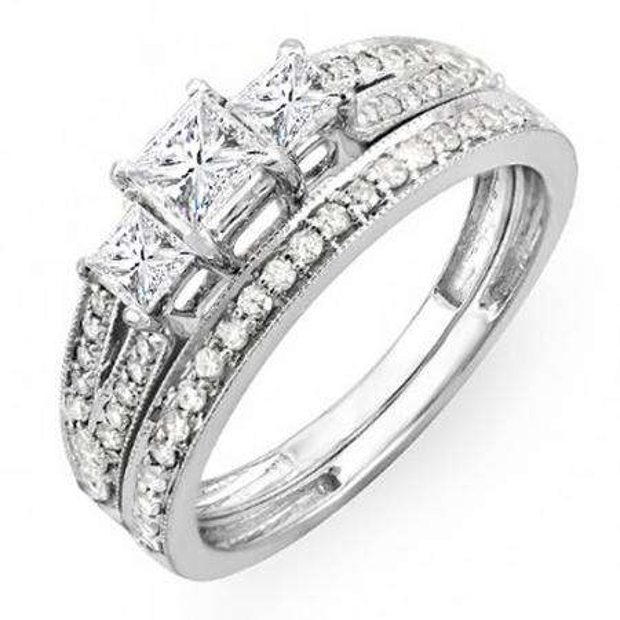 1.00 Carat (ctw) 18k White Gold Princess Cut 3 Stone Diamond Ladies Engagement Bridal Ring Set Matching Band 1 CT