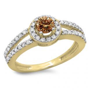 0.90 Carat (ctw) 18K Yellow Gold Round Cut Champagne & White Diamond Ladies Bridal Split Shank Halo Style Engagement Ring