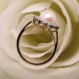 10K Yellow Gold 8 MM Round White Freshwater Pearl & White Diamond Ladies Illusion Engagement Ring